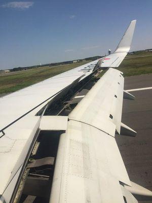 01_airline03.jpg