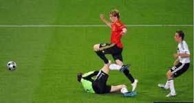 ユーロ、スペイン・フェルナンドトレスの決勝ゴール