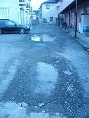 駐車場の水たまり